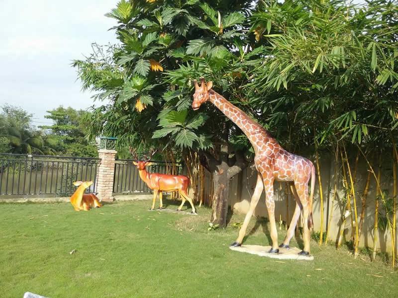Điêu khắc đắp đúc tượng động vật trường mầm non công viên TP Vinh Nghệ An